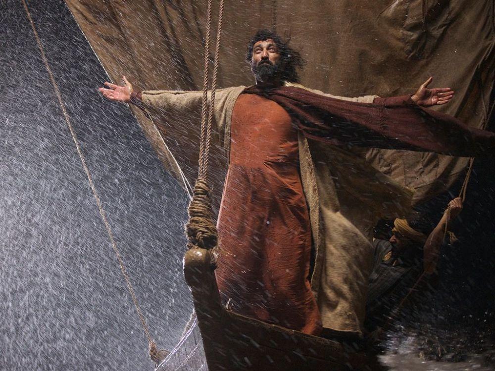 008-lumo-jesus-storm.jpg
